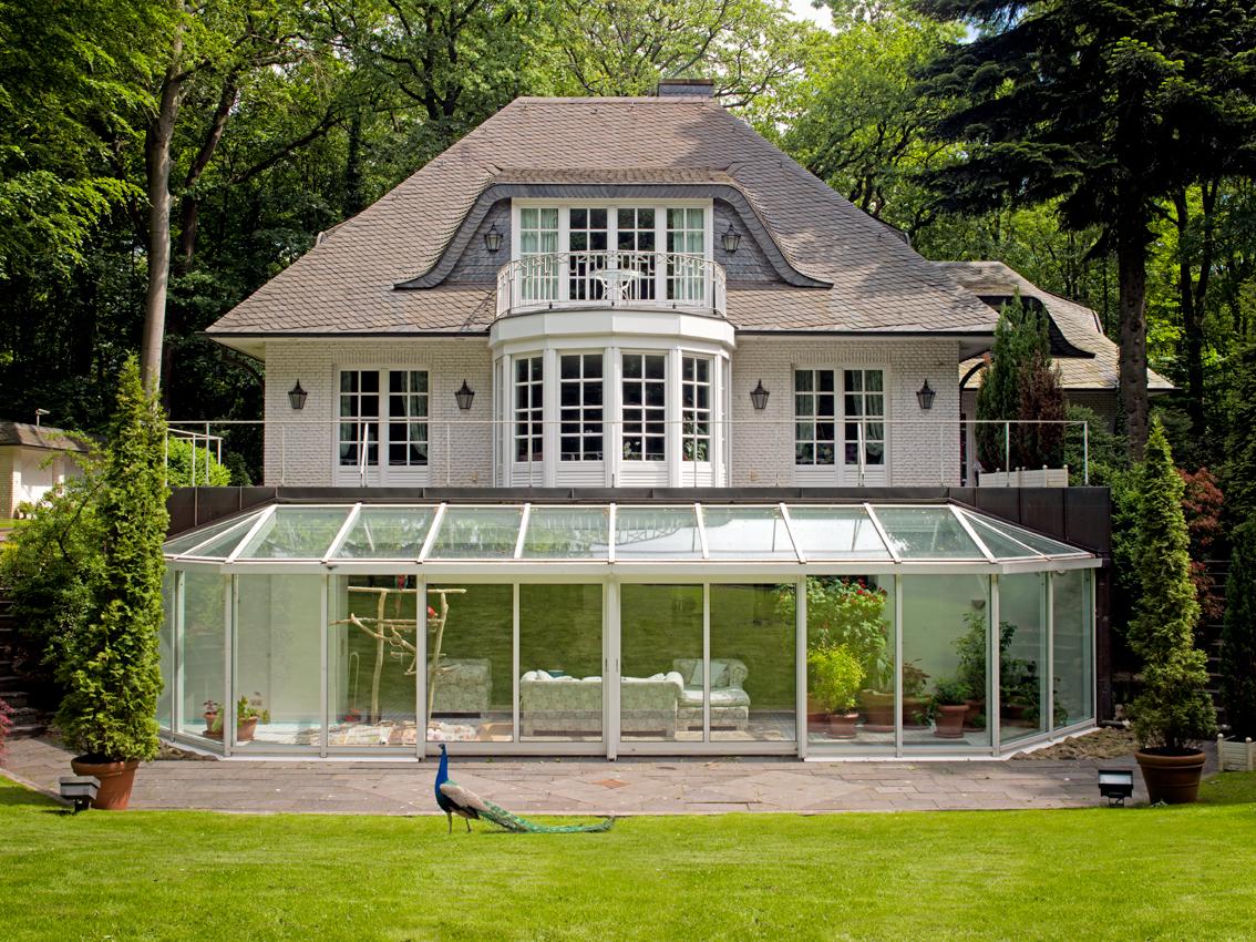 Luxus villa im wald mit parkgrundst ck classic immobilien for Luxus innenausstattung haus
