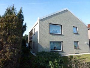 Geräumige 3 – Zimmer – Wohnung mit großer Loggia