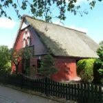 Schenefeld-Dorf: Charmantes Reetdach-Haus zur Miete