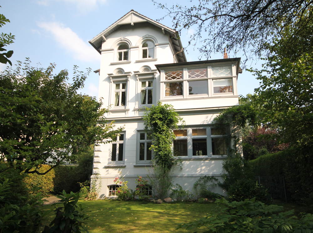 Gro flottbek exklusive und stilechte altbauvilla in for In immobilien