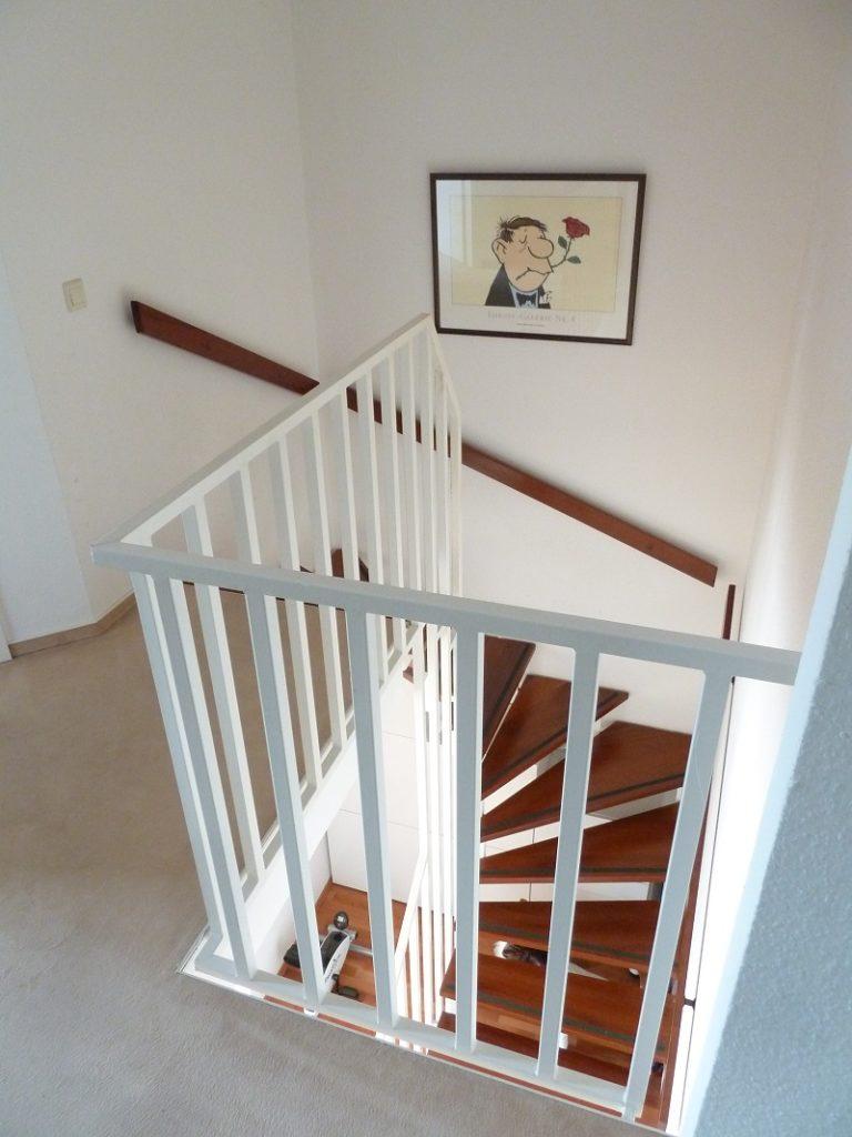 schenefeld 4 zimmer eigentumswohnung mit eigenem garten classic immobilien. Black Bedroom Furniture Sets. Home Design Ideas