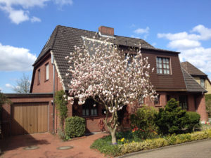 Pinneberg: Sonnige 4 ½ Zimmer Doppelhaushälfte in ruhiger Lage
