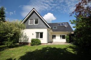 Wedel: Umfangreich modernisiertes Einfamilienhaus in ruhiger Lage zwischen Wedel und Rissen