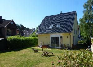 Wedel: Neuwertiges und modernes Einfamilienhaus in zentraler Lage