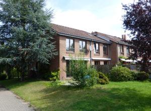 Schenefeld: Zentral gelegenes Endreihenhaus mit sonnigem Süd-Westgrundstück