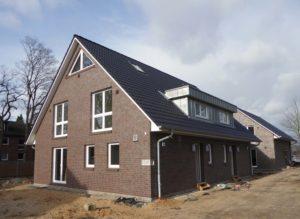 Schenefeld: Neubau-Erstbezug – Energieeffiziente Doppelhaushälfte in ruhiger und gefragter Lage