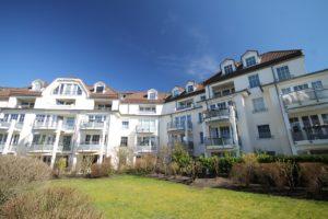 Schenefeld – Dorf: Traumhafte 3 Zimmer – Maisonette – Wohnung