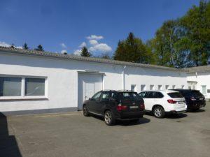 Schenefeld: Gewerbehalle mit separatem Bürotrakt