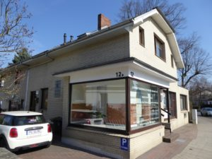 Schenefeld: Wohnen & Arbeiten Ladengeschäft in zentraler Sichtlage