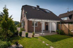Hasloh: 5 Zimmer – Doppelhaushälfte in ländlich und idyllischer Lage