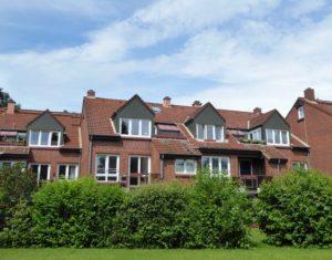 Pinneberg-Quellental: Renovierte 2-Zimmer-Wohnung mit Sonnenbalkon