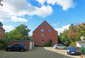 Schenefeld-Dorf: 4,5-Zimmer–Maisonette-Wohnung