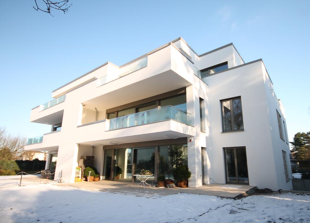 Othmarschen-Neubau-Erstbezug: Moderne und hochwertig ausgestattete  4 – Zimmer – Wohnung mit großzügigem Sonnenbalkon