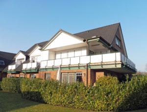 Pinneberg-Waldenau: Exklusive Erdgeschosswohnung mit hochwertiger Ausstattung in bester Lage