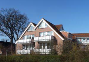 Schenefeld-Dorf: 3 Zimmer – Dachgeschoss – Maisonettewohnung