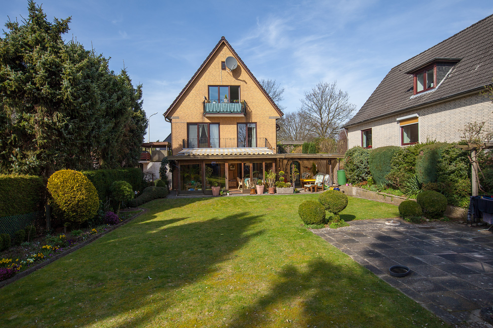 Schenefeld: Gepflegtes 6 Zimmer Einfamilienhaus zzgl. Einliegerwohnung