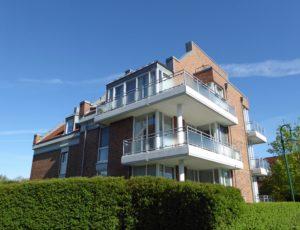 Schenefeld: 3 – Zimmer-Dachgeschosswohnung mit zwei Balkonen am Forst Klövensteen