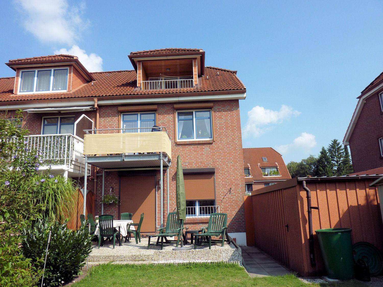 Schenefeld: Sonnige Terrassen-Wohnung mit Garten am Rande der Elbvororte