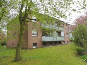 Schenefeld: Ruhige und zentrale 2 ½-Zimmer-Wohnung zzgl. Hobbyraum