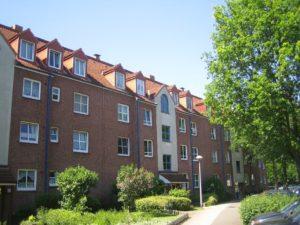 Pinneberg: Attraktive 2-Zimmer-Dachgeschoss-Wohnung