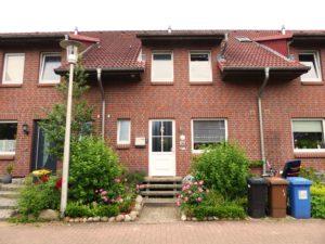 Pinneberg: 4-Zimmer-Mittelreihenhaus in ruhiger Lage