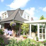 Pinneberg-Thesdorf: Hochwertiges Einfamilienhaus mit Wintergarten