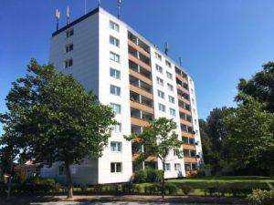 Schenefeld: Zentrale 2 ½ -Zimmer-Wohnung mit Weitblick