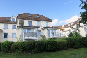 Schenefeld: Moderne 2,5- Zimmer-Eigentumswohnung mit Terrasse
