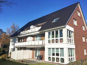 Halstenbek/Krupunder: Neuwertige und großzügige 2-Zimmer-Dachgeschosswohnung