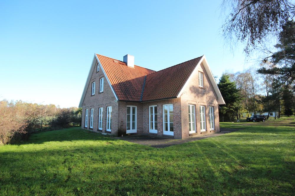 Holm: Repräsentatives und edles Landhaus für gewerbliche Nutzung