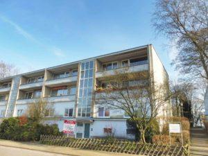 Moderne Neubau-Doppelhaushälfte in Feldrandlage