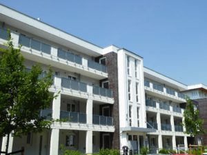 Schenefeld: Barrierearme 2½ – Zimmer – Wohnung am Stadtzentrum Schenefeld