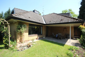 Wedel: Schönes und modernisiertes Einfamilienhaus in ruhiger Lage