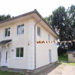 Pinneberg: Exklusive Doppelhaushälfte in beliebter Lage mit Blick ins Grüne