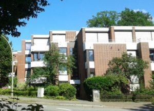Hamburg-Hummelsbüttel: Helle 2,5-Zimmer-Erdgeschosswohnung am Karpfenteich