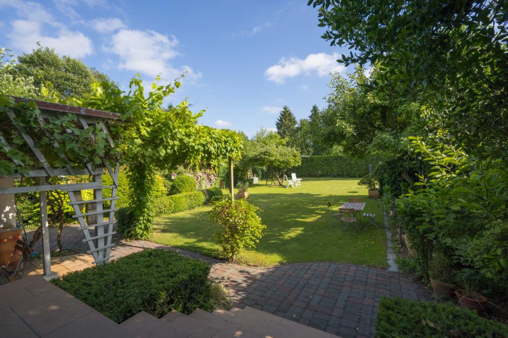 Schenefeld Einfamilienhaus Mit Einem Traum Garten Classic