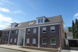 Hamburg-Lurup: Neubau – Erstbezug-Exklusive 2-Zimmer-Wohnung mit Westbalkon