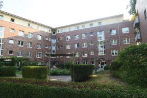 Halstenbek: 4-Zimmer-Wohnung im Ortskern