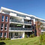 Pinneberg-Thesdorf: Moderne Doppelhaushälfte in zentraler Lage