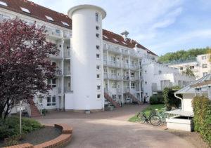 Hamburg-Bahrenfeld: Ruhige 2 Zimmer-Wohnung mit Balkon und TG-Stellplatz