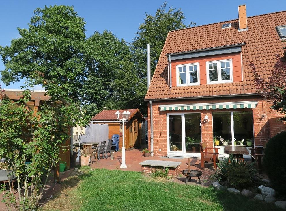 Pinneberg-Quellental: Wunderschönes Endreihenhaus in Sackgasse